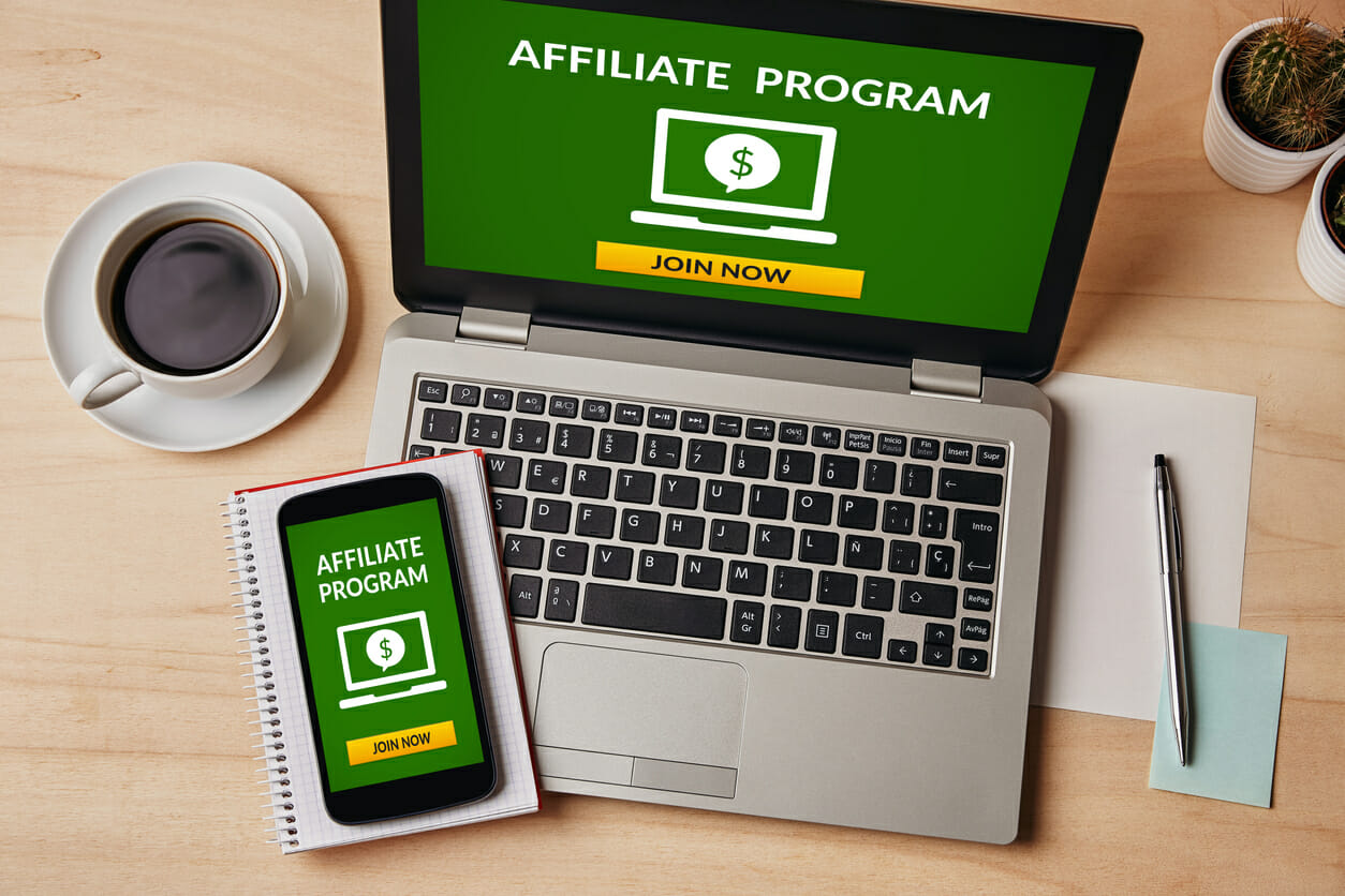 top paying affiliate program, amazon affiliate program, best affiliate programs for beginners, best affiliate programs for bloggers, free affiliate program, software affiliate programs, lifetime affiliate programs