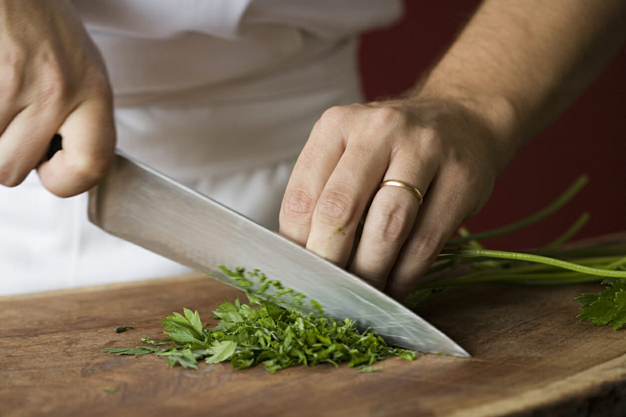 If you are wondering what to eat after a liver flush, cilantro helps remove toxins that are deep in our organs.