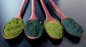 Weighing the Benefits of Blue Spirulina vs. Chlorella